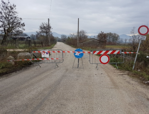Un tratto della circonfucense rimarrà chiuso fino a lunedì per rifacimento manto stradale